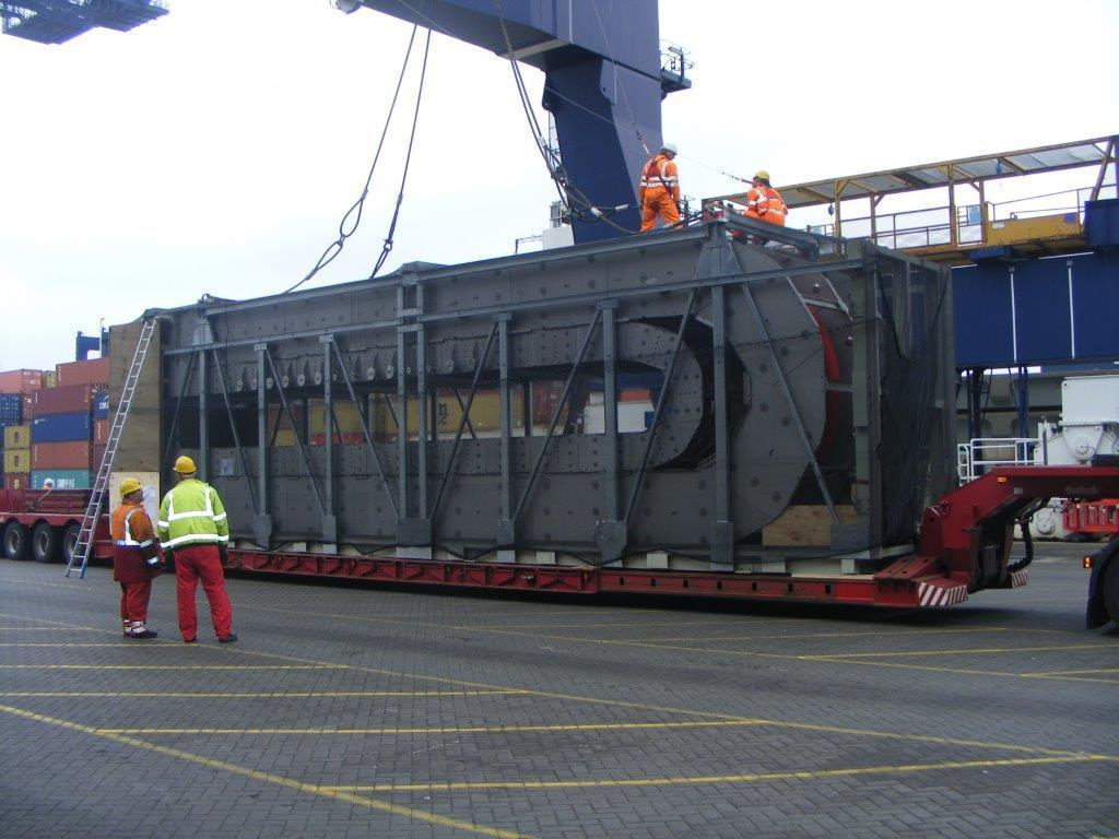 Shipping and exporting drag chain at the docks
