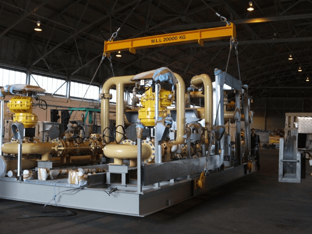 Massive equipment and machinery can be sent anywhere in the world. Land, Air or Sea.